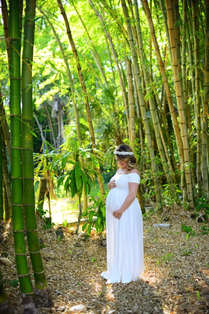 Summer State Park Maternity Session - World of Modern Mom